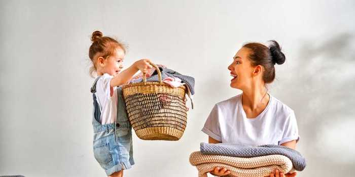 Age-Appropriate Chores Nannies Can Give Children